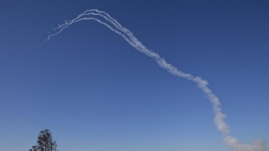 """Израел обстрелва Газа, """"Хамас"""" отвръща"""