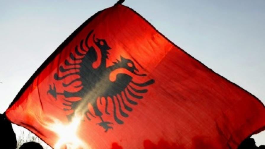 Албания: Единство на всички албанци в ЕС