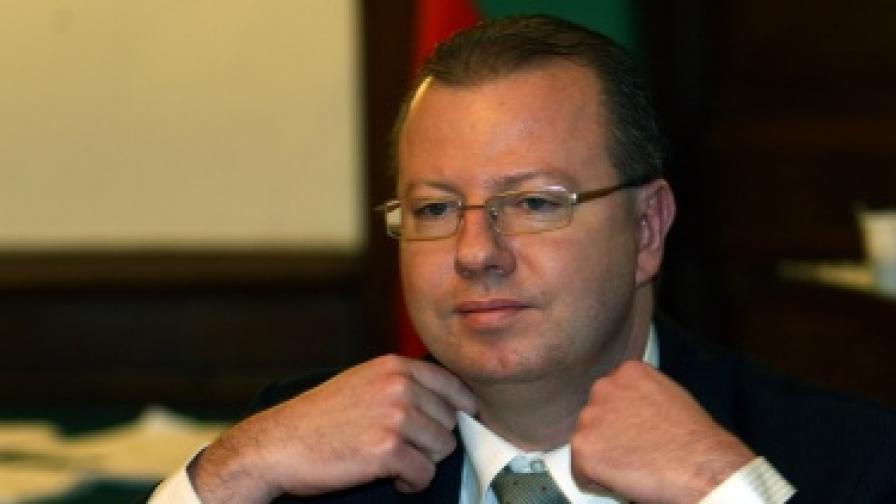 Шефът на НАП се похвали с добрите приходи за хазната