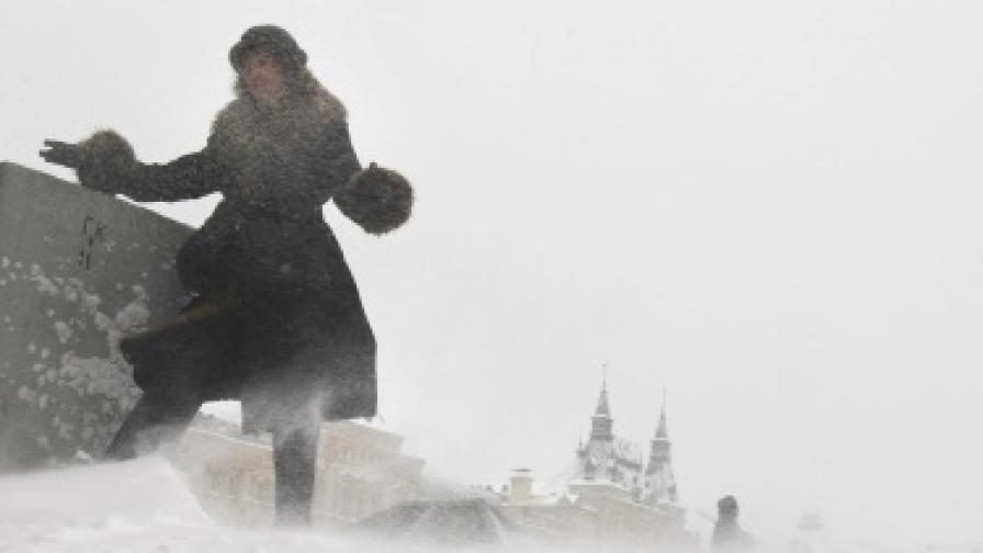 Заради снега Червеният площад стана... бял