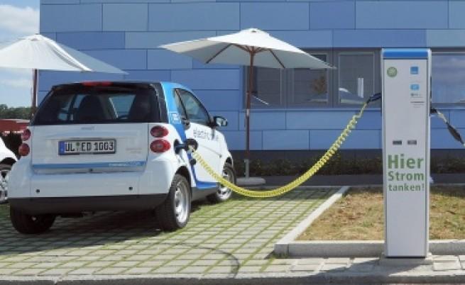 И в Германия: Няма достатъчно станции за електромобили