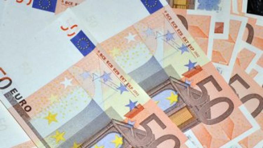 """""""Евростат"""": Българите не чакат богата 2013 г."""