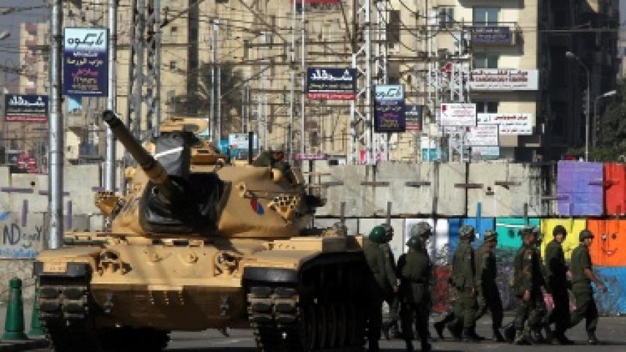 Египет: Ислямистът Морси не си прави добре сметката