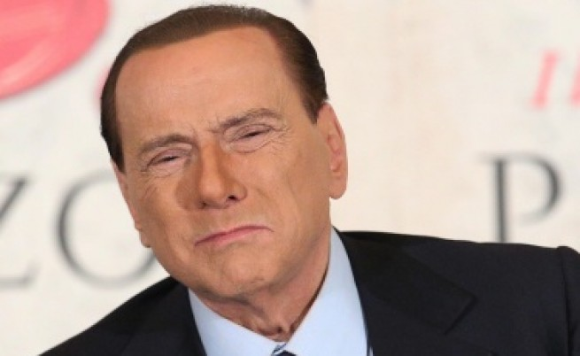 Берлускони се сгодил за 28-годишна