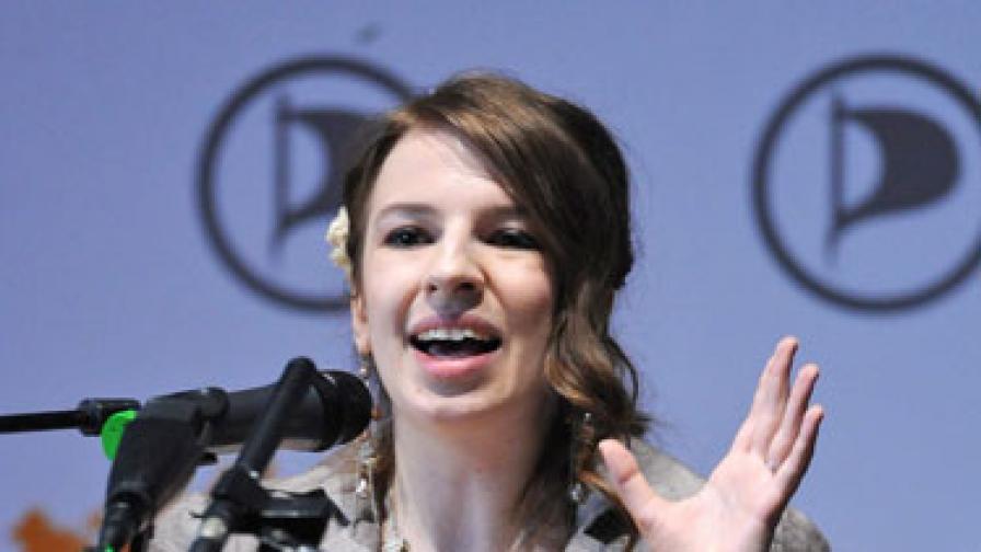 """""""Плейбой"""": Най-сексапилните жени в политиката в Германия"""