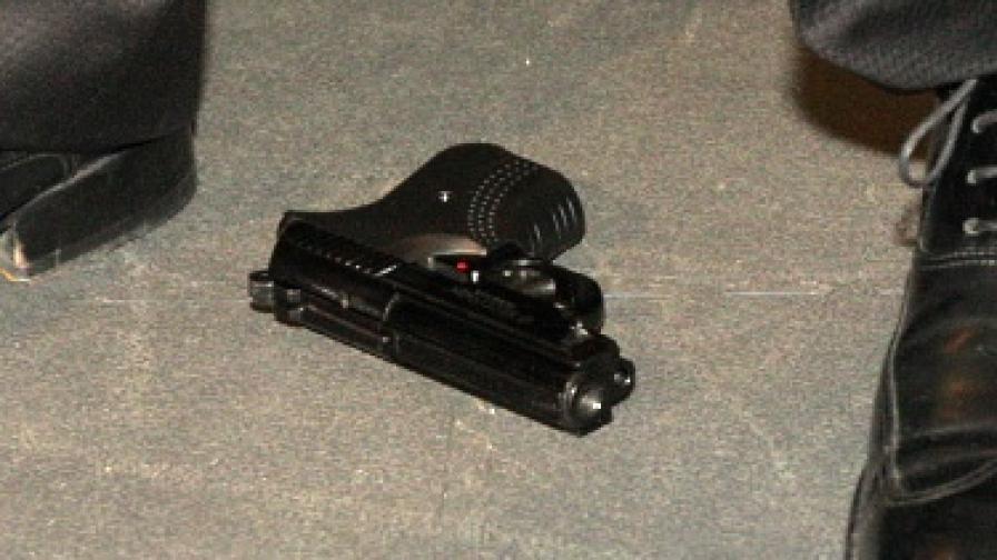 СДВР: В пистолета, с който бе нападнат Ахмед Доган, имаше само три несмъртоносни патрона