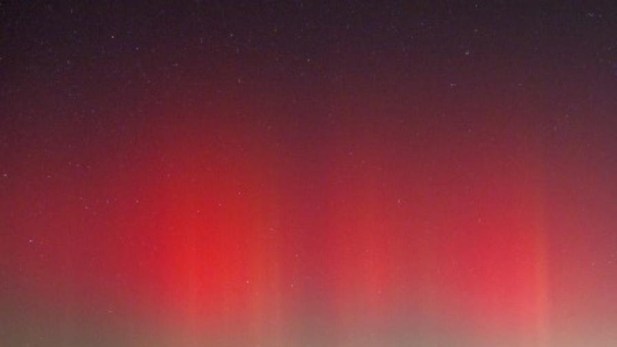 Космоса: Красотата на полярното сияние (видео)