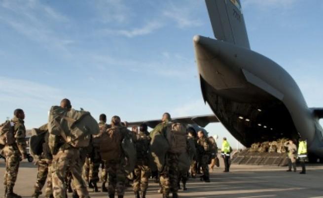 Експерт: Европа ще трябва да остане дълго в Мали
