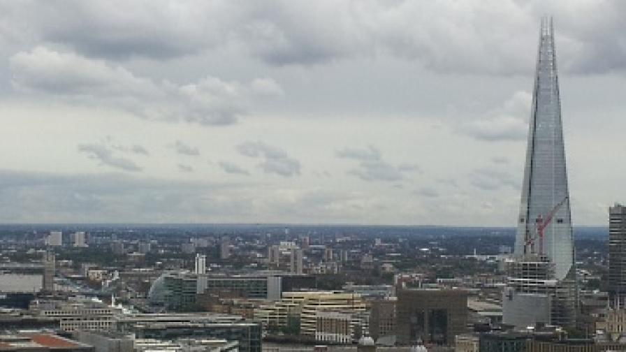 Секс на върха на небостъргача в Лондон