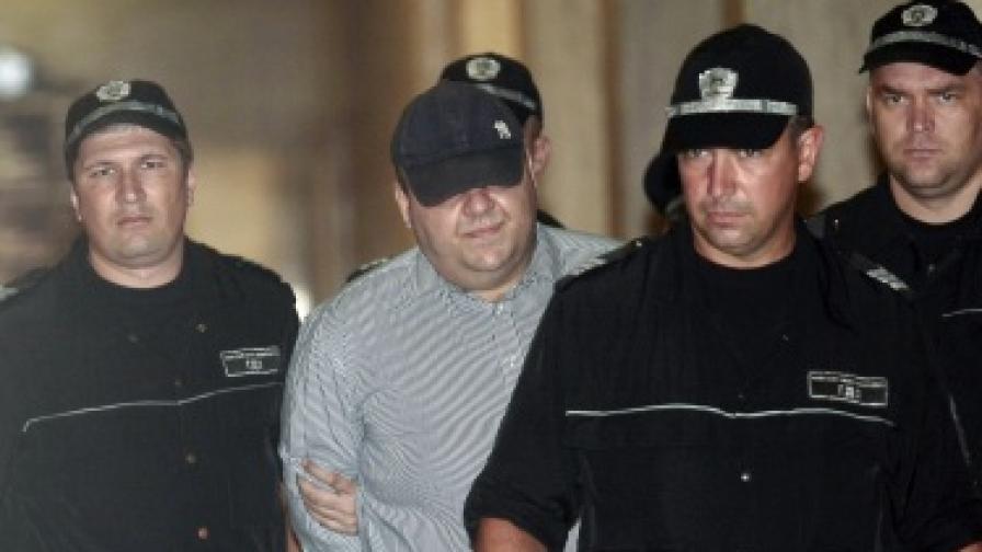 Николай Русинов-Чеци, задържан за убийството на Яна Кръстева в Борисовата градина