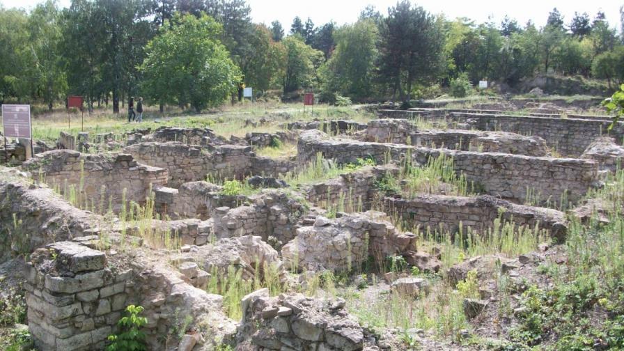 Реставрират античния град Нове