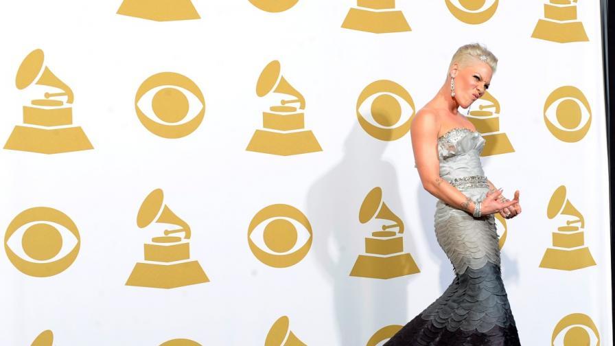 """Си Би Ес: Без гола плът на наградите """"Грами"""", моля!"""