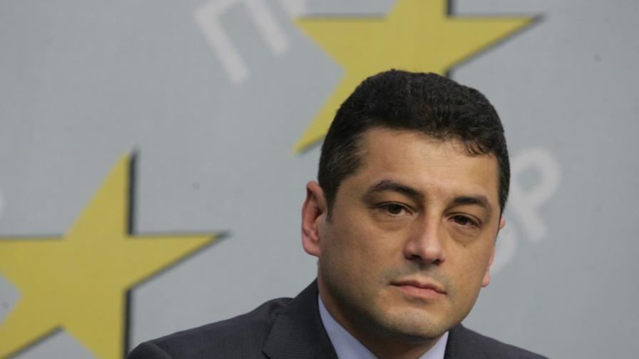 БСП обвини ГЕРБ за връзки с арестуваните в Павел баня