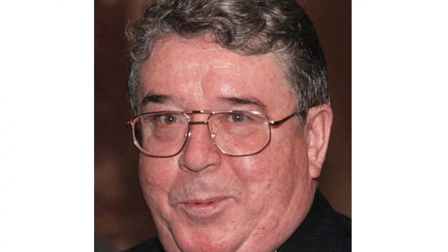Почина Рем Вяхирев