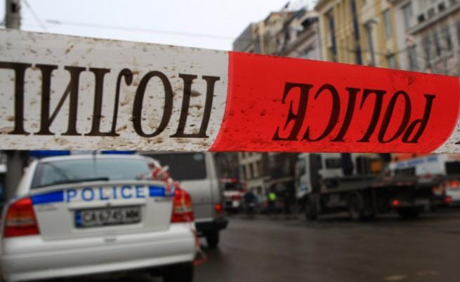Въоръжен мъж обра бензиностанция в София