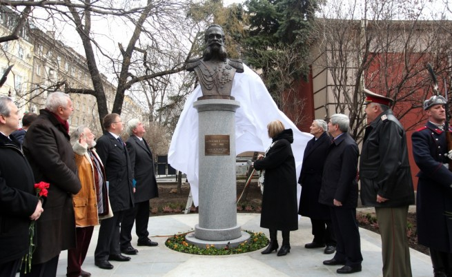 Паметник на генерал Гурко в София