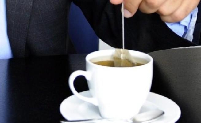 4 чаши зелен чай и чаша кафе предпазват от мозъчен инсулт