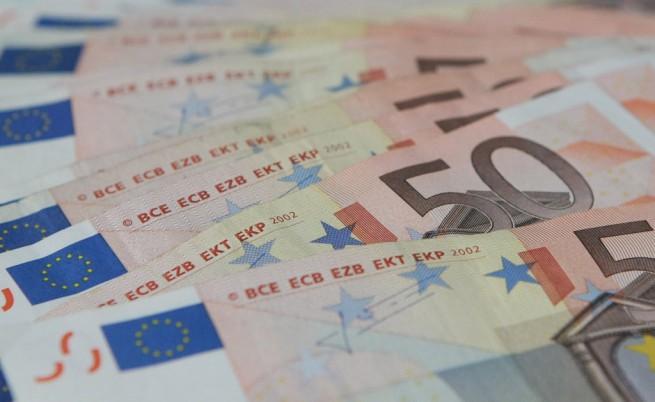 Кипър замрази банковите операции