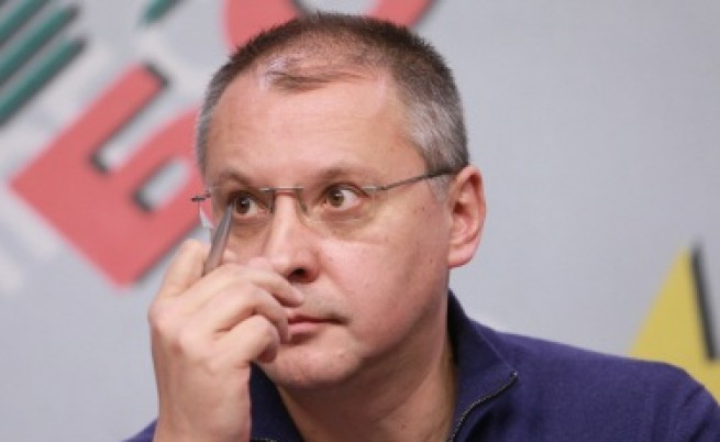 Станишев: Цацаров да покаже, че прокуратурата не е политически инструмент
