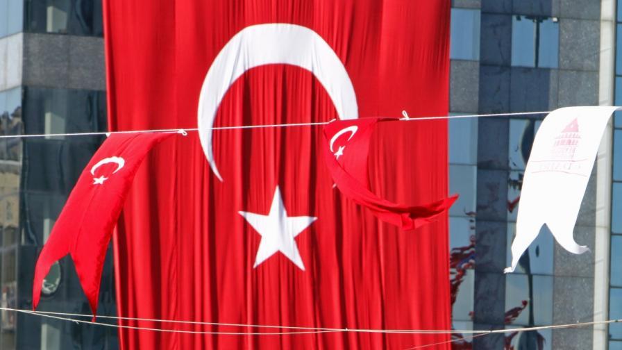 Полицията в Истанбул разби канал за трафик на жени
