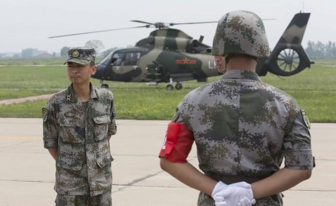 Китайската армия е в повишена готовност заради Кореите