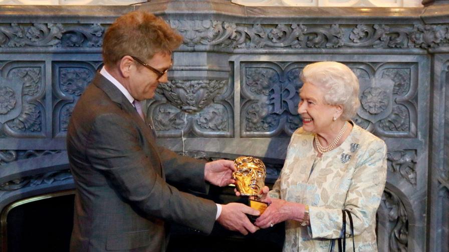Защо Елизабет II е отличена с почетна награда БАФТА