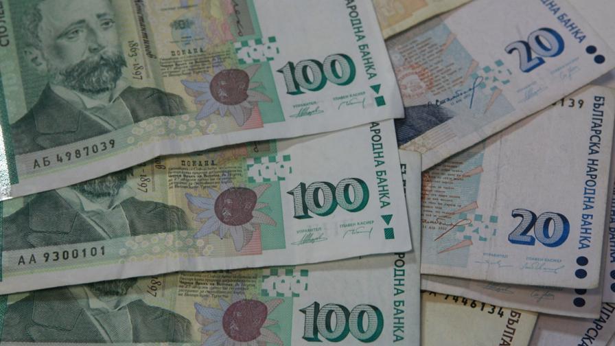 Средният осигурителен доход е над 1000 лв.