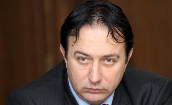Р. Василев: Ще разчепкаме аферата