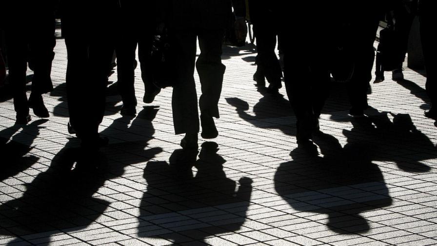 Само 2% от българите биха живели постоянно в чужбина