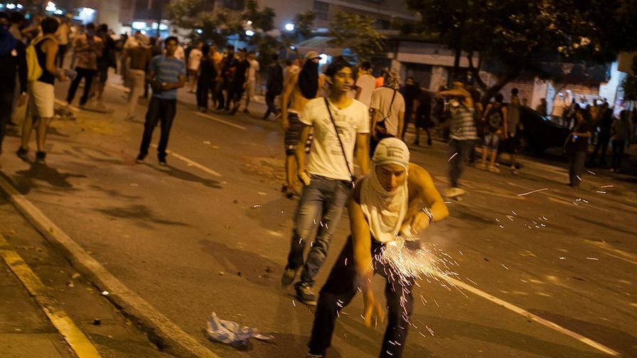Смърт и арести след изборите във Венецуела