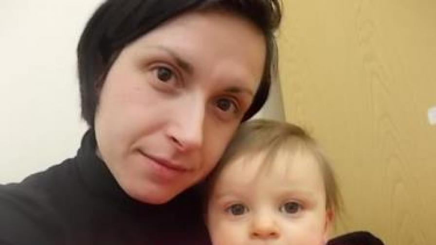 Елисавета и малката Меган