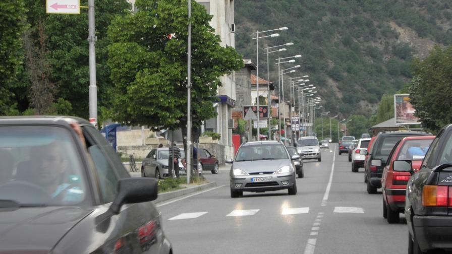 Хиляди коли и затруднено движение в последния почивен ден
