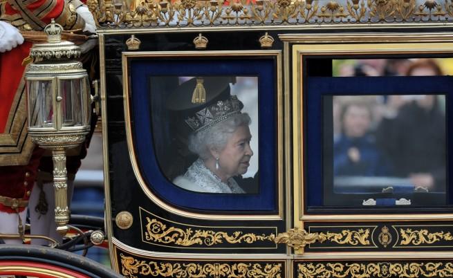 Кралица Елизабет II: Предвиждат се по-строги мерки за имигрантите