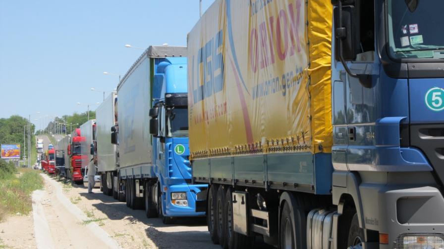 Превозвачите отново блокираха гранични пунктове с Турция
