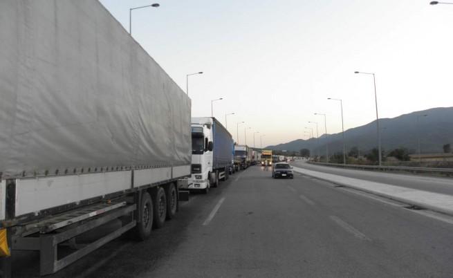 5-километрова опашка от камиони има ГКПП-Капитан Андреево на изход от страната