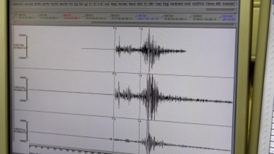 Земетресение в Алжир с магнитуд 5,5