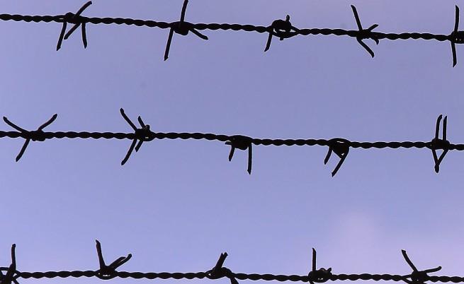 Турция ще строи стена по границата със Сирия