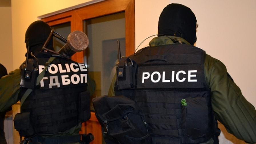 ГДБОП разби престъпна група, хаквала ротативки в игрални зали