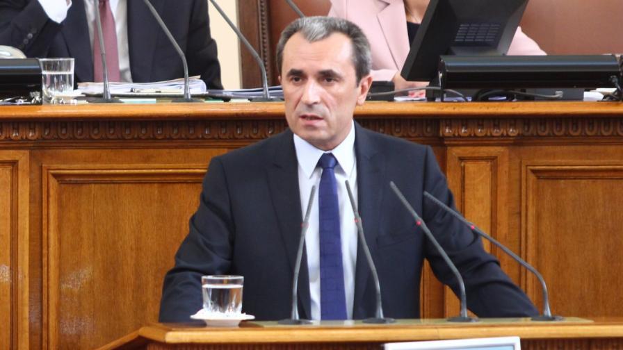 Новият премиер Пламен Орешарски