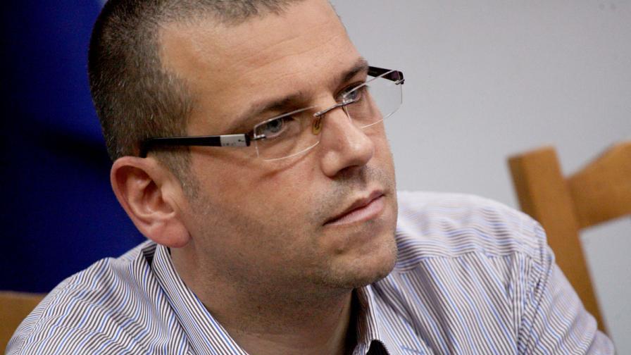 Калин Георгиев отрече да е отменял операция в Лясковец