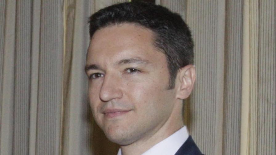 Вигенин: Няма да реабилитирам дипломатите агенти