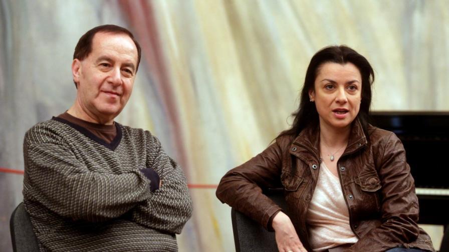 Александрина Пендачанска и проф. Семьон Скигин на среща с журналисти преди концерта в София