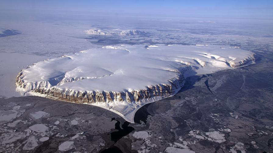 Озоновата дупка над Антарктида постепенно се затваря