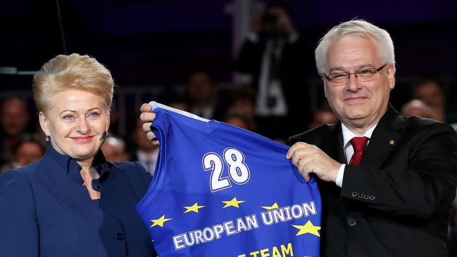 Президентката на Литва Далия Грибаускайте и държавният глава на Хърватия Иво Йосипович