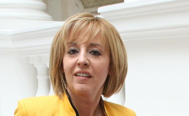 Манолова: Новият Изборен кодекс няма връзка с предсрочни избори