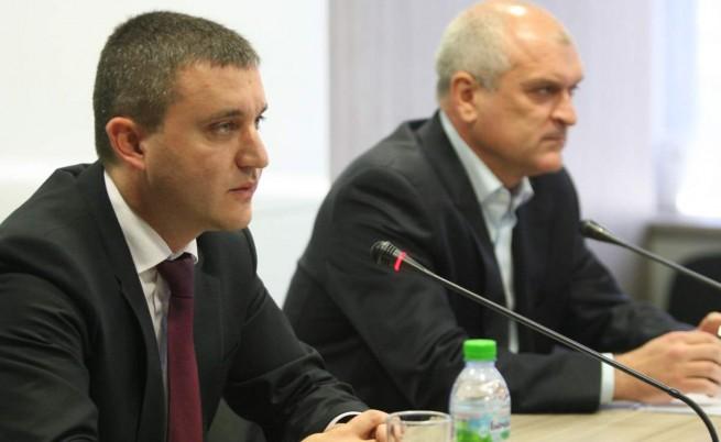 ГЕРБ: Правителството започва да харчи ударно като преди избори