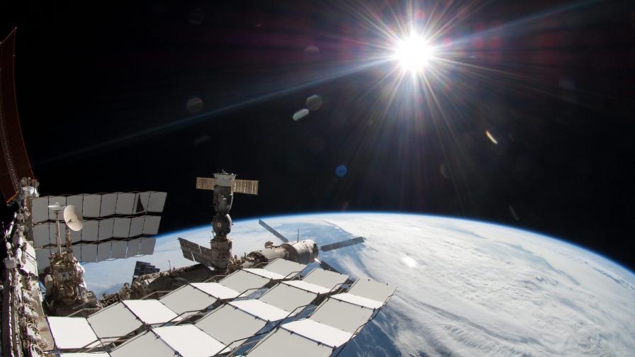 Руски астрофизици: Няма следи от тъмна материя в Слънчевата система