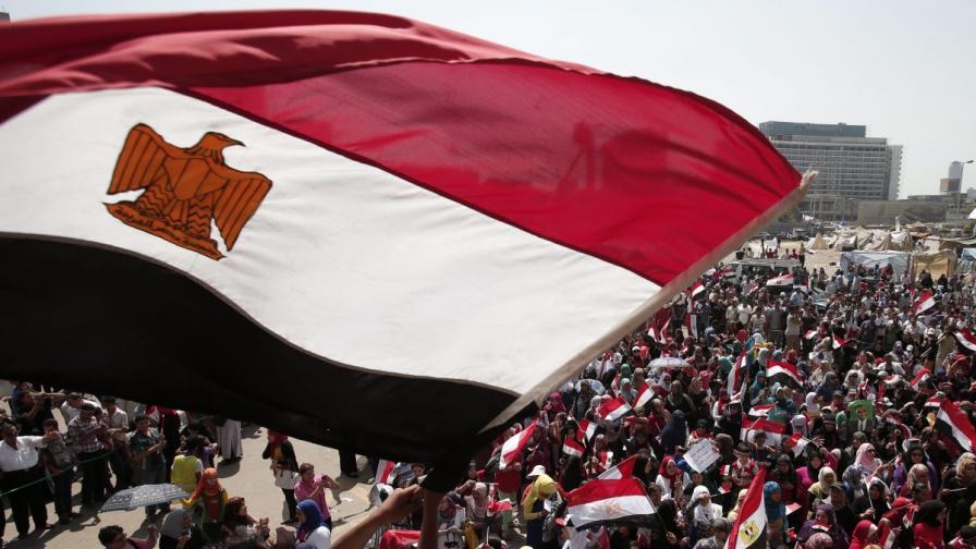 Какво се случва в Египет: Революция, преврат...?