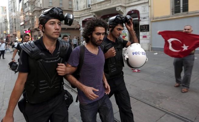 Нова вълна от арести в Турция във връзка със събитията около парка
