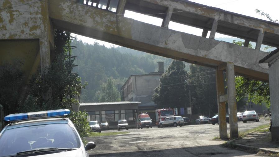 """Остават още 21 м от затрупаната галерия в """"Ораново"""""""